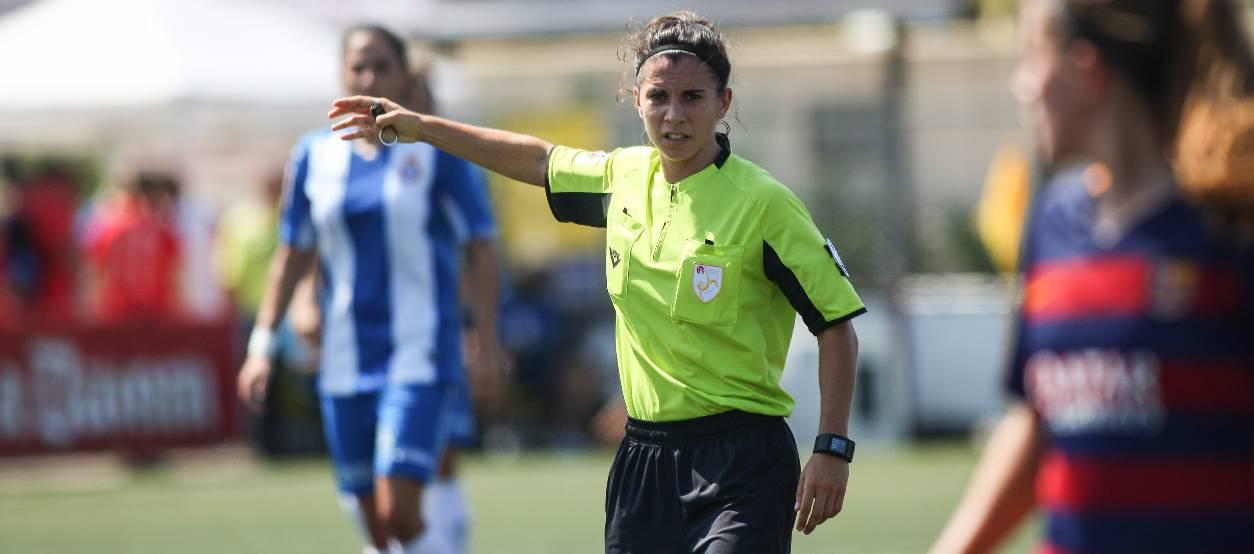 Ainara Acevedo, nova àrbitra internacional