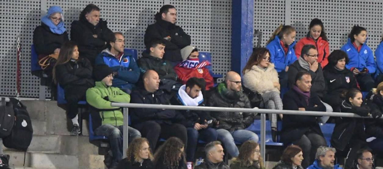 L'FCF assisteix a l'Espanyol-Atlètic de Madrid femení