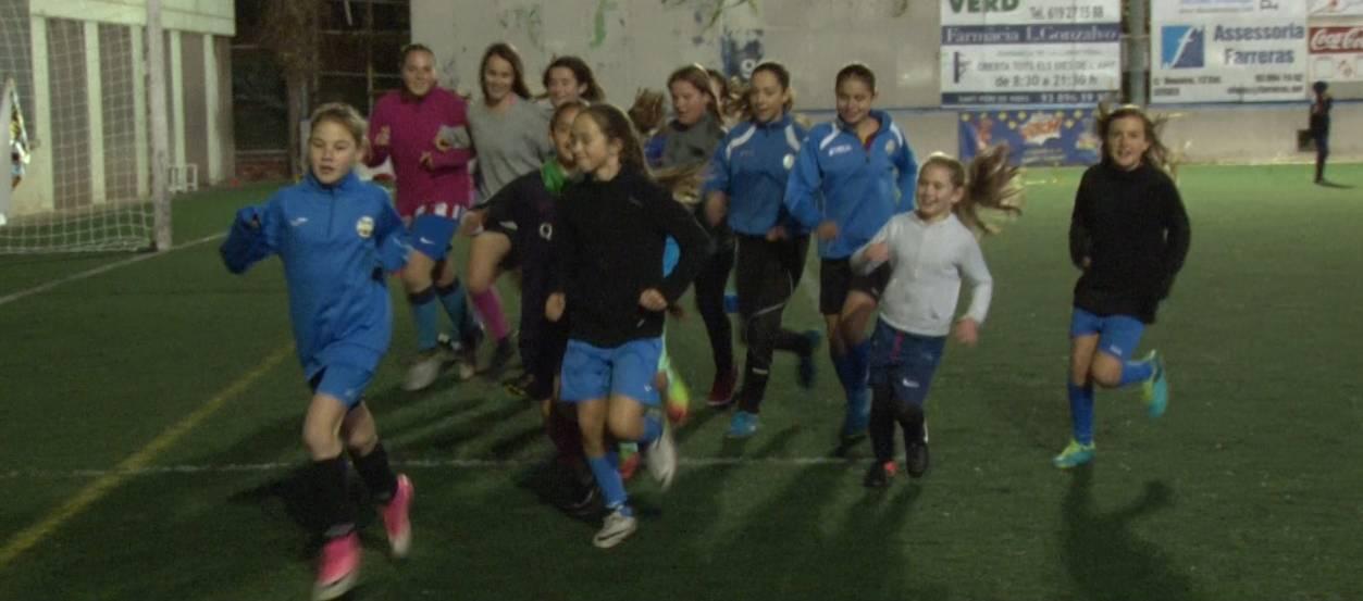 El CF Suburense, més d'una dècada apostant pel futbol base femení