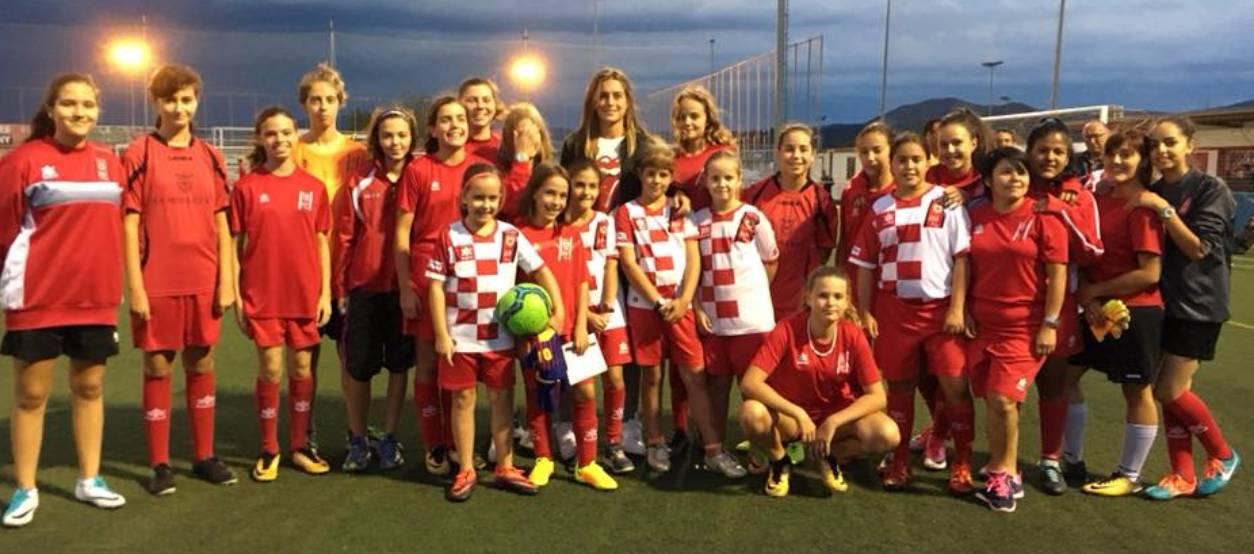 Alèxia Putellas fomenta el futbol femení al CF Mollet UE