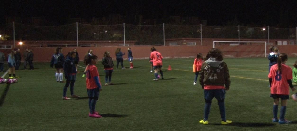 El FC Atlètic Valls, una dècada apostant i recolzant el futbol femení