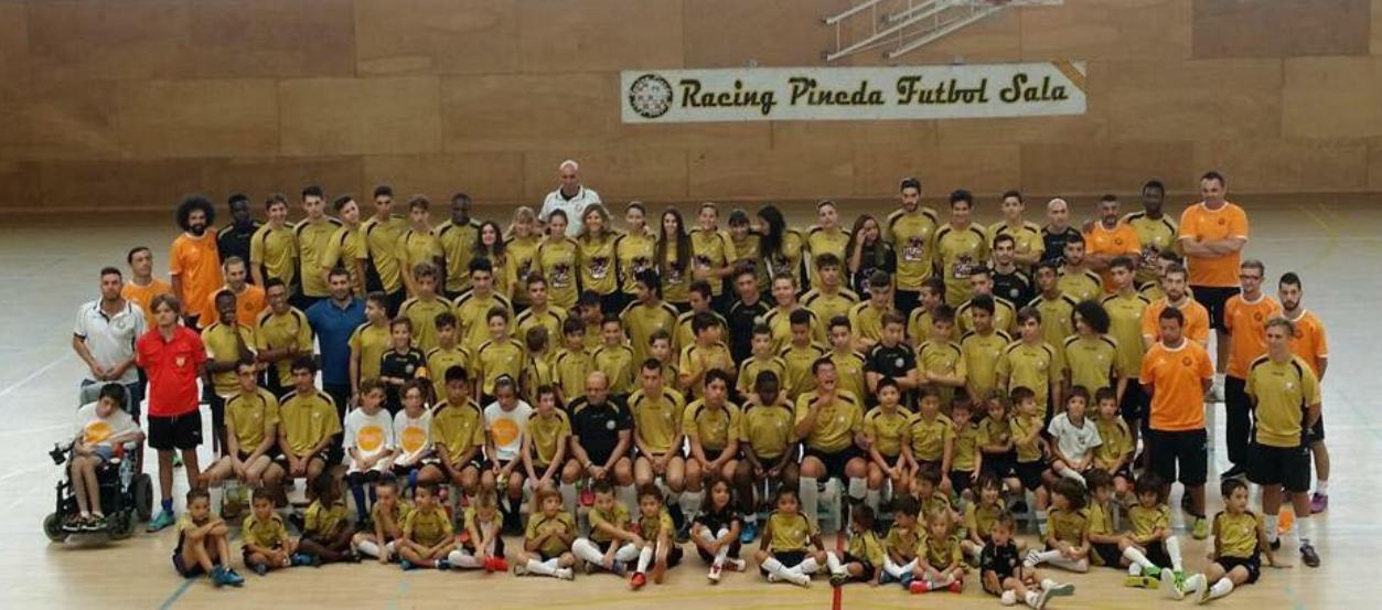 El Racing Pineda FS, un club que aposta per la integració social