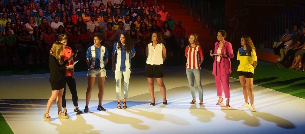 El creixement del futbol femení i el projecte #Orgullosa, vist per les protagonistes
