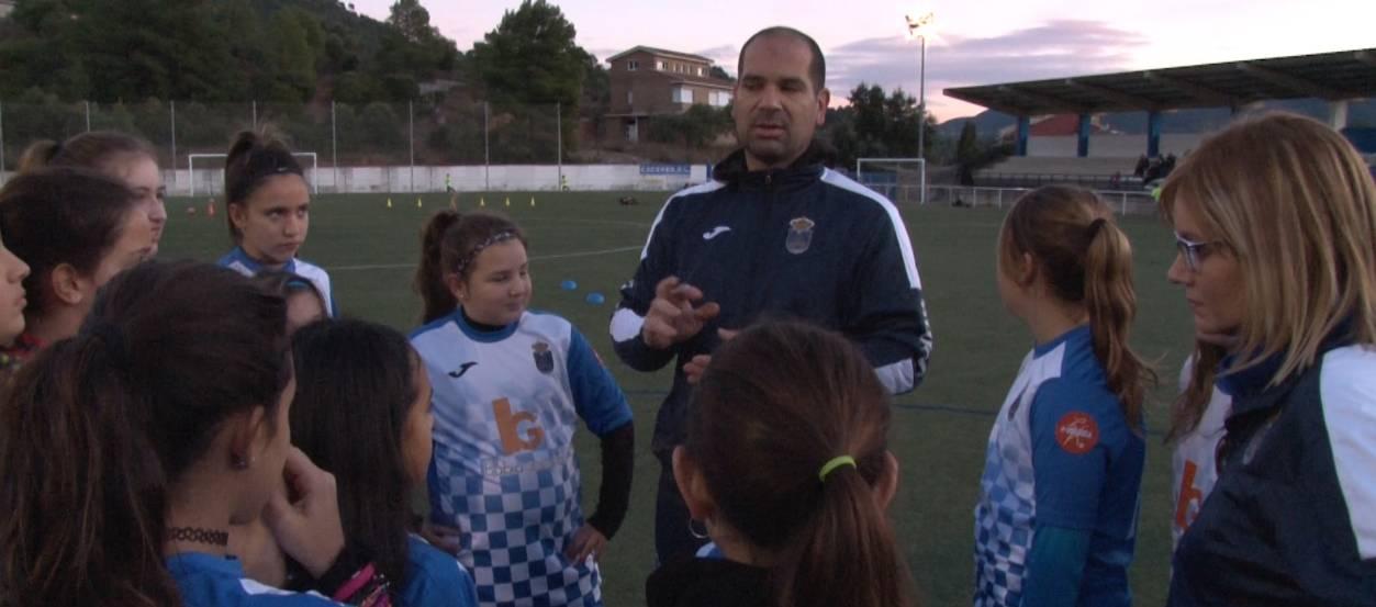 El CE Castellbell i el Vilar, confiança i esforços en el futbol femení