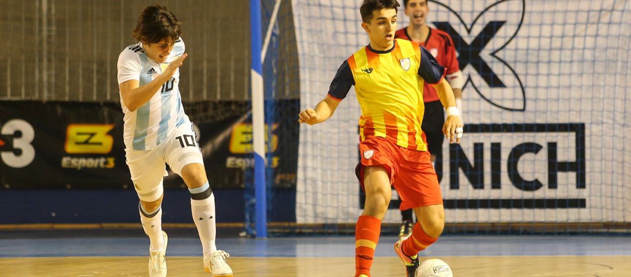 Espectacle i qualitat en el primer Catalunya-Argentina de futbol sala