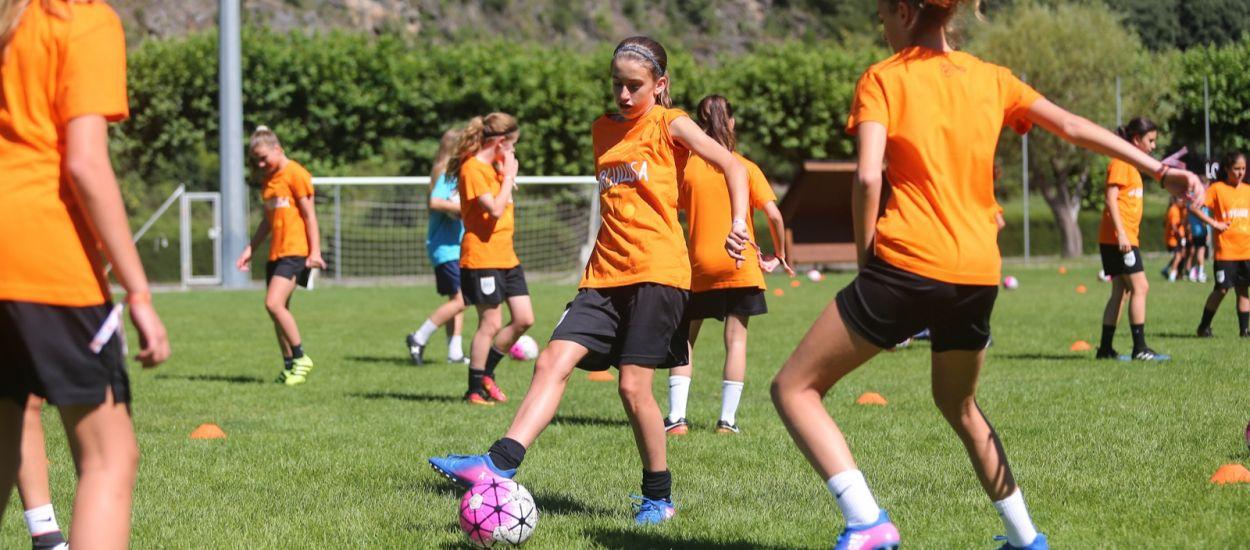 Inscripcions obertes per al 6è Campus de Futbol Femení
