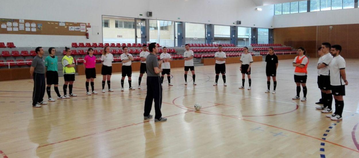 Una Jornada de Tecnificació Arbitral de Futbol Sala centrada en les categories base