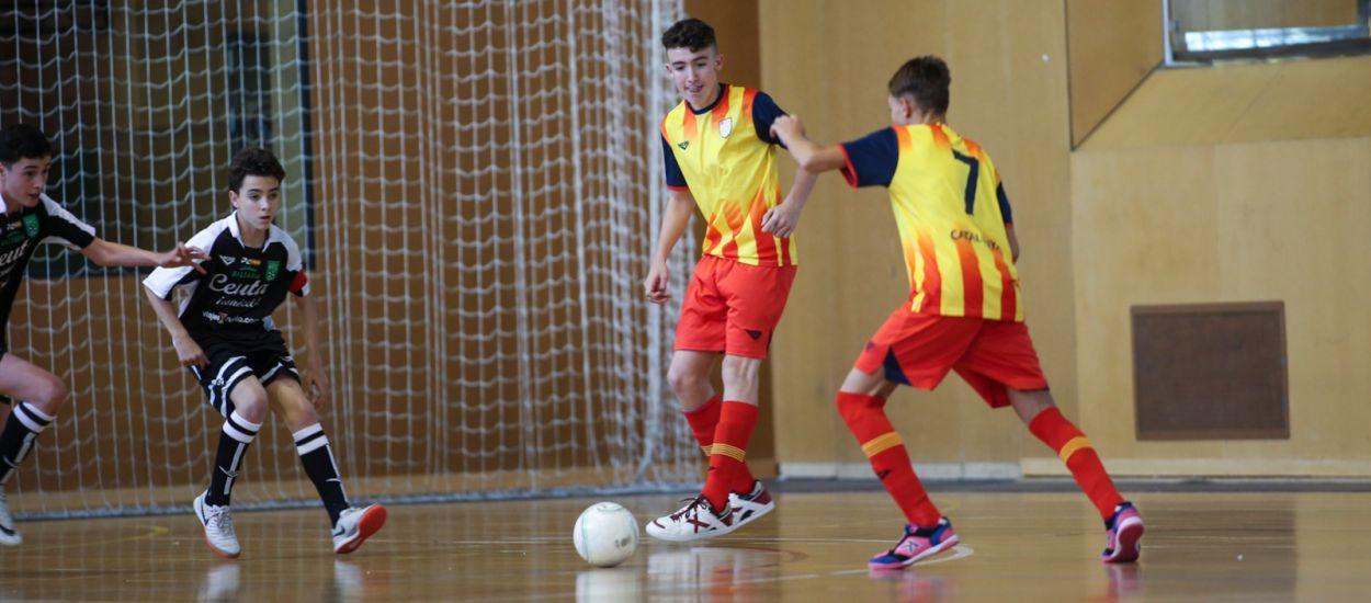 Catalunya debuta amb un triomf contundent contra Ceuta