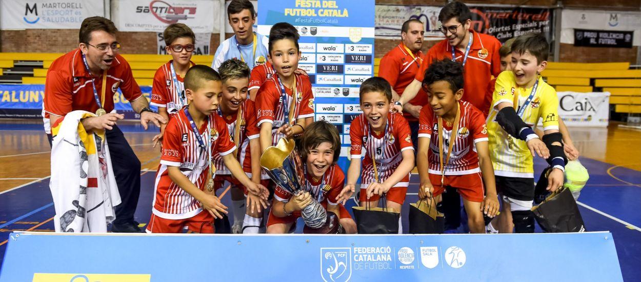 Contundent victòria de l'equip Benjamí del Manresa FS que el proclama campió de Catalunya