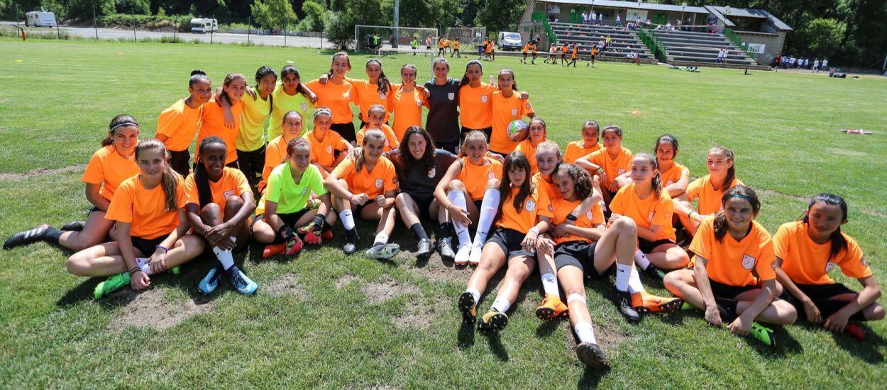 Arrenca el primer torn del 6è Campus de Futbol Femení de Rialp