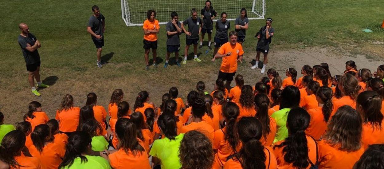 Conclou el primer torn del Campus de Futbol Femení a Rialp