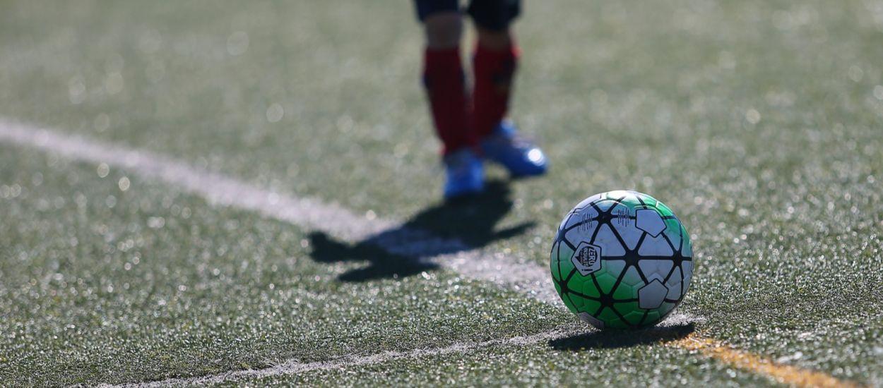 Tret de sortida a una nova temporada per a quatre categories del futbol base