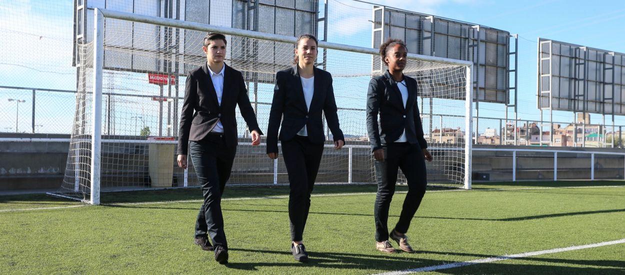 La històrica tripleta arbitral femenina en un partit de Tercera Divisió
