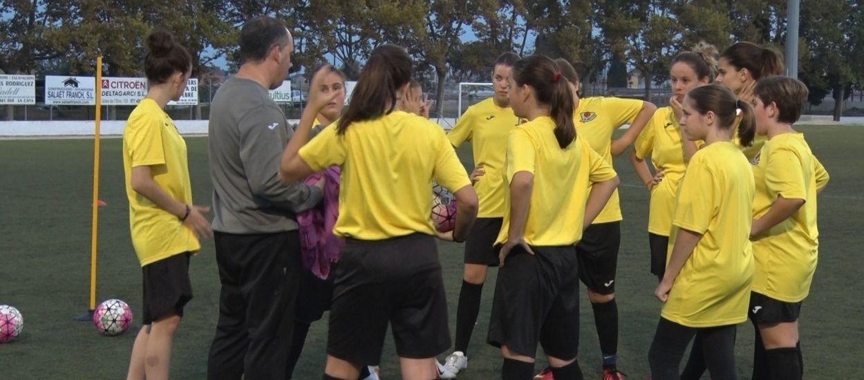 L'Escola de Futbol Delta de l'Ebre torna a apostar pel futbol femení