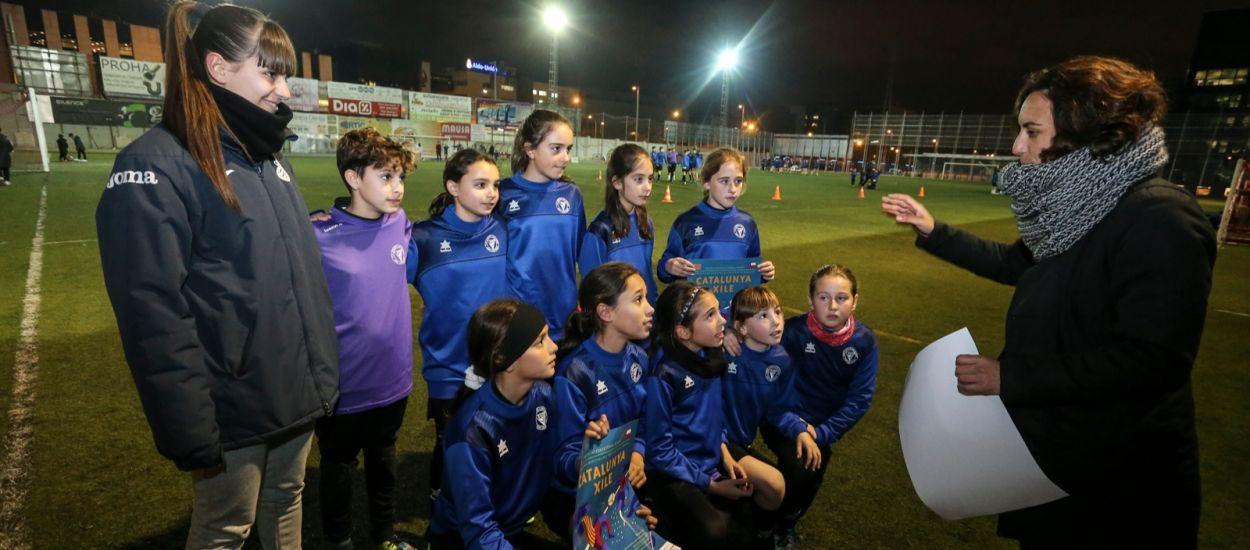 Els equips federats femenins donen suport al Catalunya-Xile