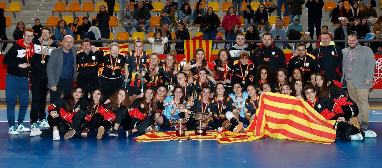 Les Seleccions Catalanes femenines de futbol sala es guanyen el pòdium nacional