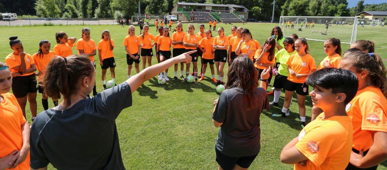S'obren les inscripcions per al 7è Campus de Futbol Femení