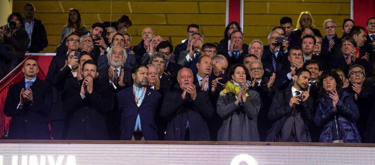 Ple d'autoritats en el partit internacional Catalunya - Veneçuela