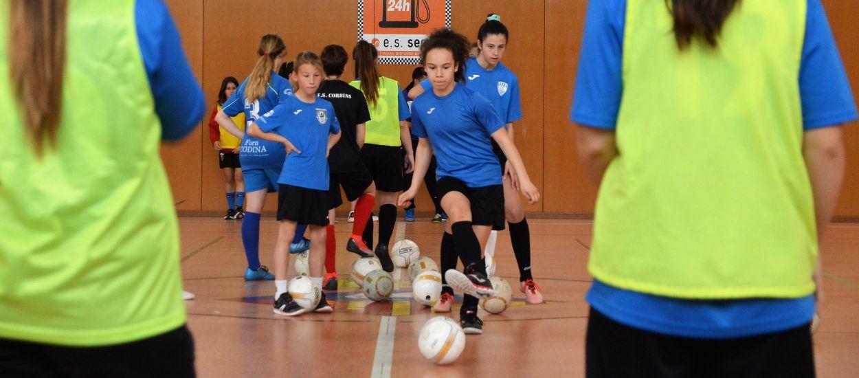 Èxit absolut en la primera festa del futbol sala femení