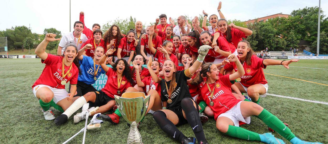 La Damm alça la Copa de campiones per primera vegada en uns agònics penals
