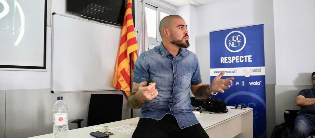 Ponència de Víctor Valdés a l'FCF sobre la seva experiència a l'elit