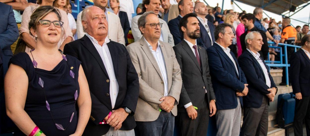 Els presidents de la Generalitat i Parlament de Catalunya assisteixen a la final de la Copa Catalunya Femenina