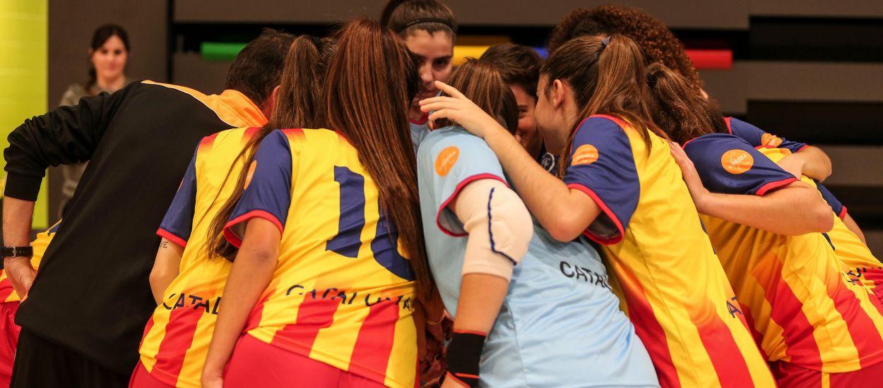 Tarda de gols a l'estrena de Catalunya sub 19 femenina de futbol sala davant el Sala 5 Martorell