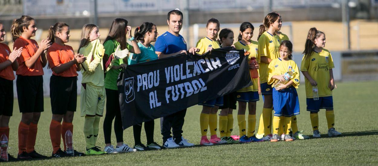 La campanya antiviolència de l'FCF, protagonista al diari Sport