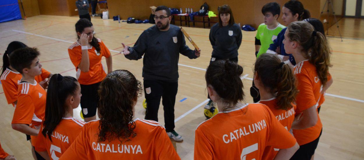 Penúltimo entrenamiento para la Selección Catalana sub 16 femenina de fútbol sala