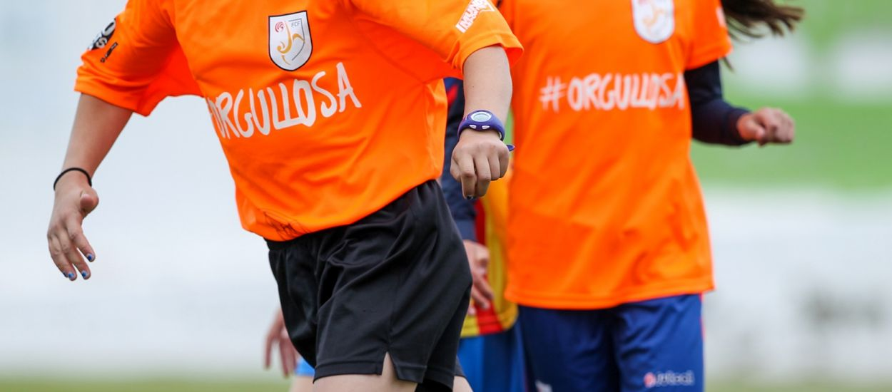 L'Institut Emperador Carles realitza les activitats d'#Orgullosa. Futbol per a la igualtat