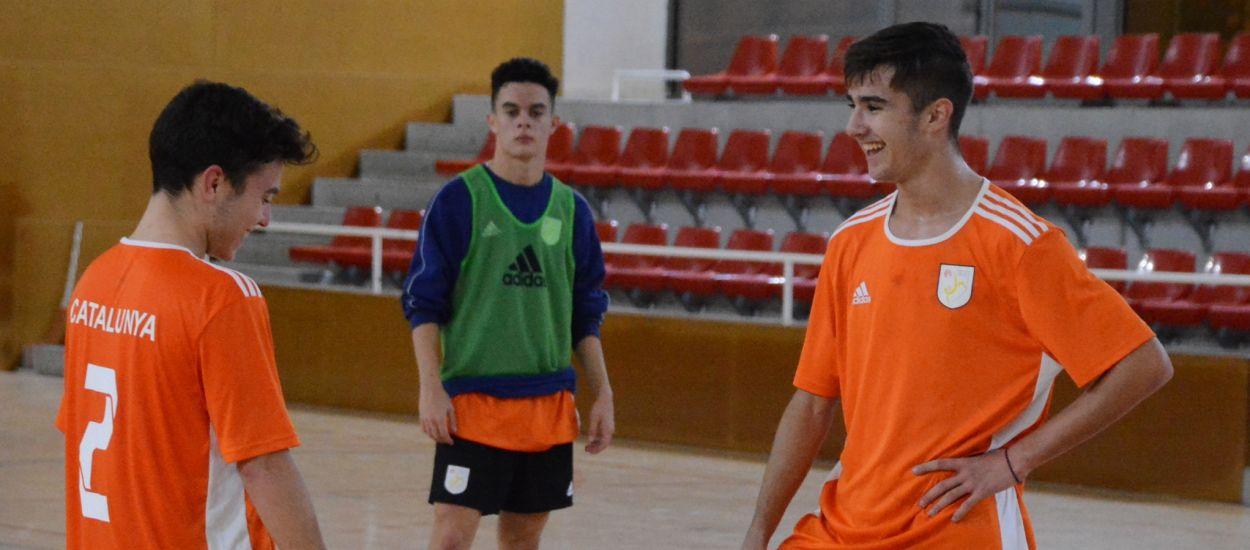 Les Seleccions Catalanes sub 16 i sub 19 de futbol sala escalfen motors
