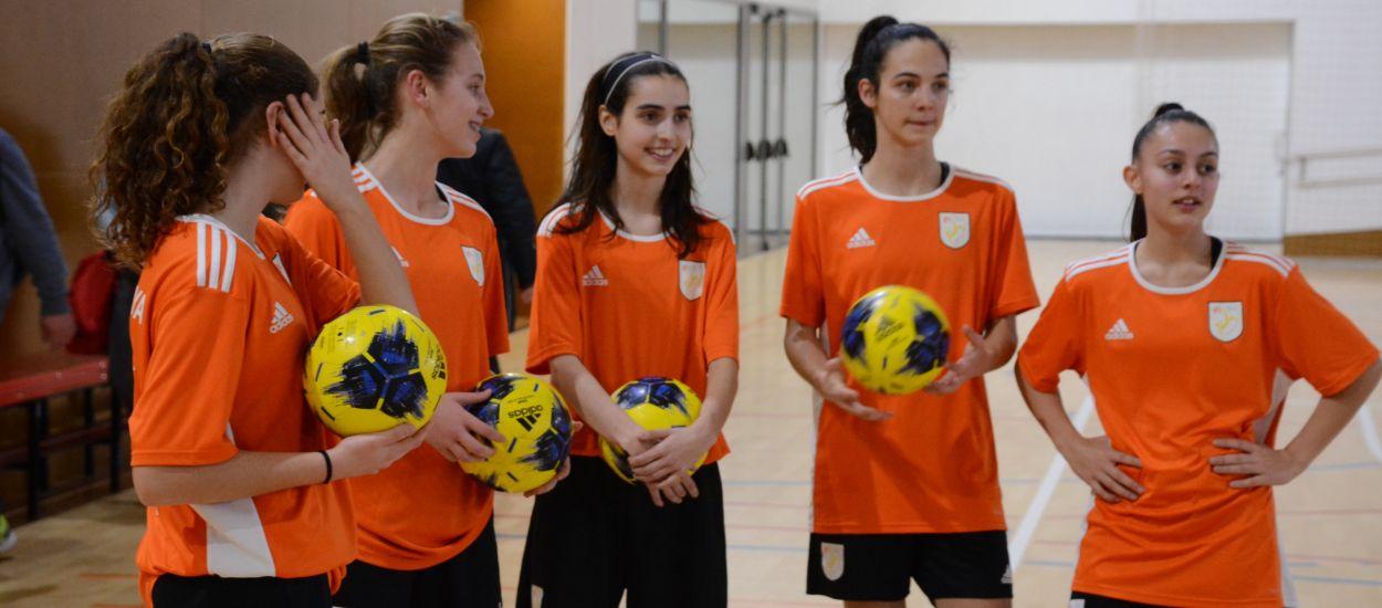 La Selecció Catalana sub 16 femenina de futbol sala realitza l'últim entrenament abans de viatjar cap a Madrid