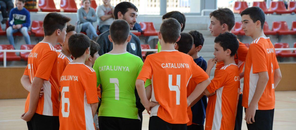 Sessions d'entrenament amb els Campionats d'Espanya de futbol sala a la cantonada