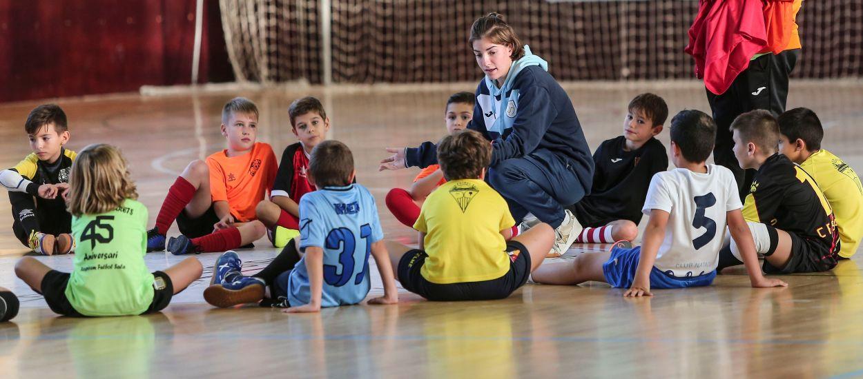 Últims dies per matricular-se al curs de Monitor de futbol sala amb el nou format online