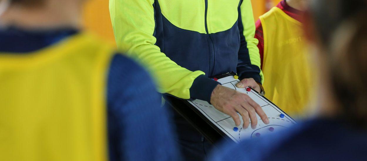 Inicio de los cursos de Entrenador Básico y Avanzado de fútbol sala y apertura de dos cursos nuevos en Salou-Corbins