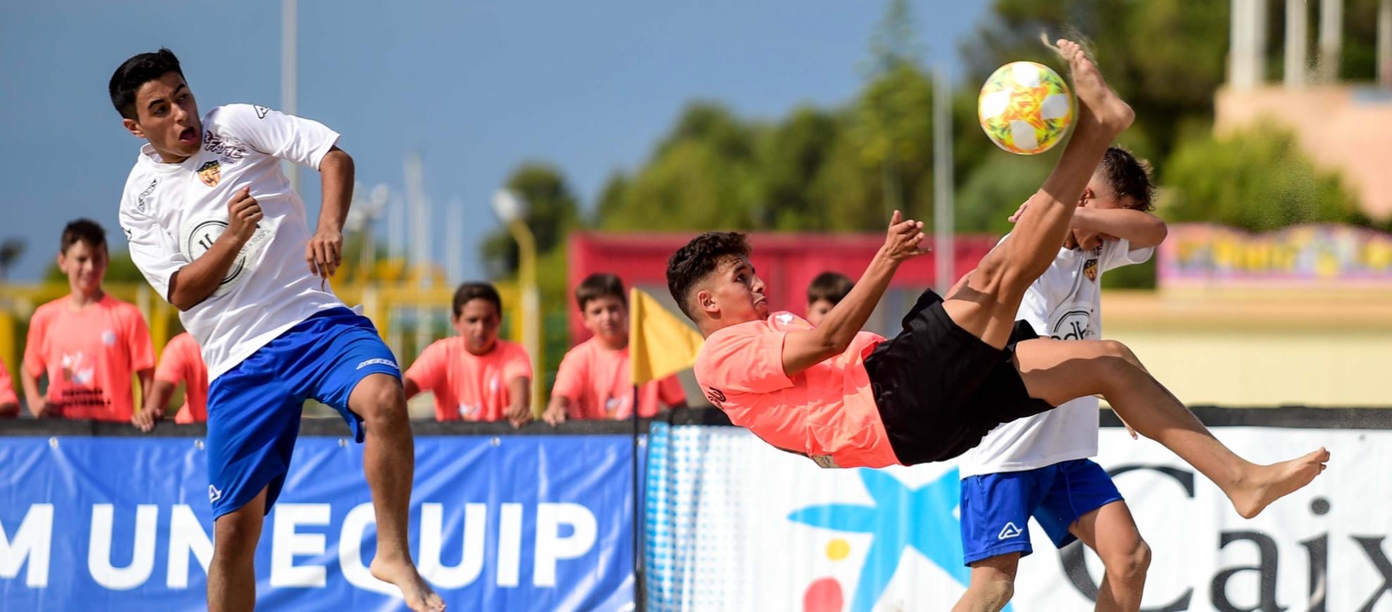 Últimes setmanes per inscriure's al Curs Online d'Entrenador de Futbol Platja Nacional B