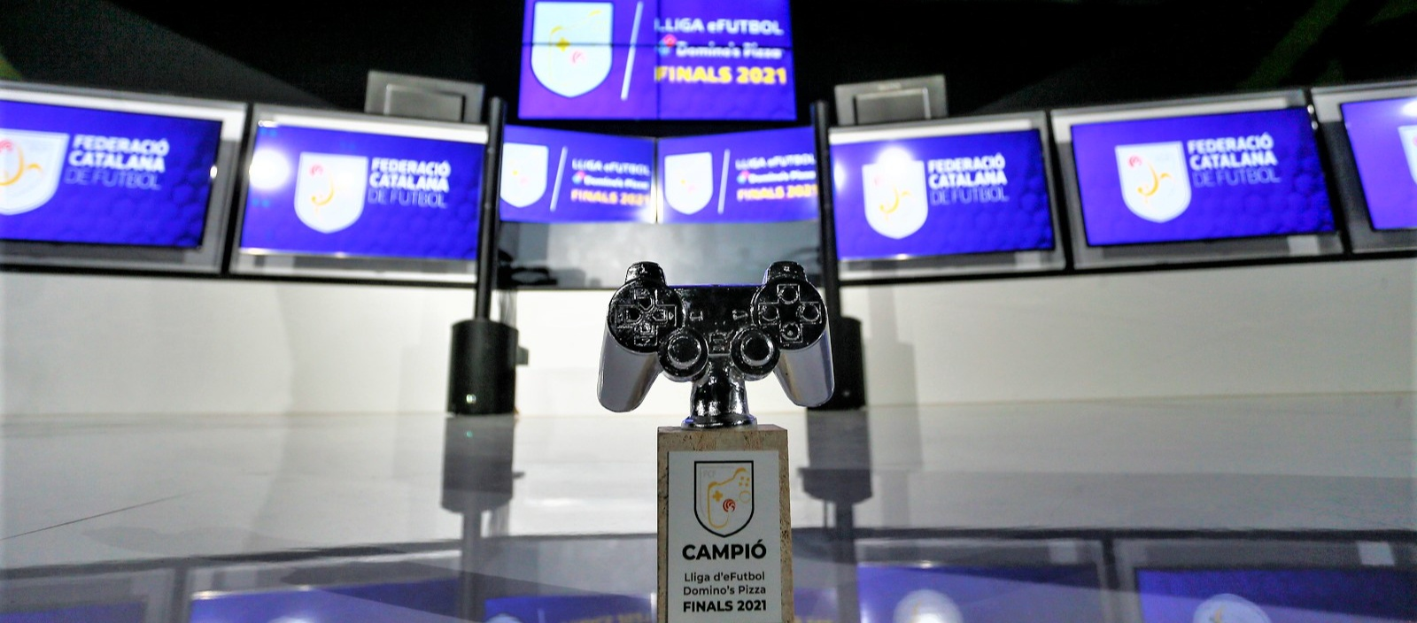 La gran final de la Lliga E-Futbol es veurà a l'FCF TV