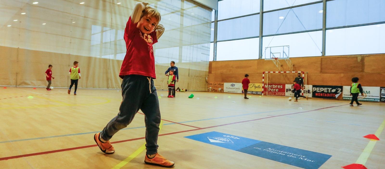 Els play-off a Divisió d'Honor Base de futbol sala es disputaran a Santa Susanna, Amposta, Torrefarrera i Santa Coloma de Gramenet