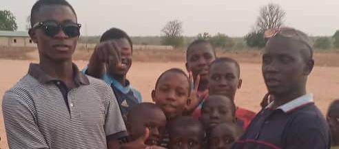 Les pilotes del futbol català arriben a Gàmbia