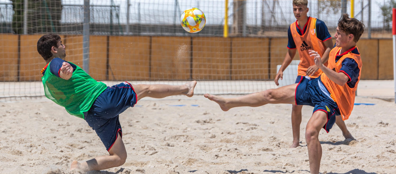 S'inicien els entrenaments de la Selecció Catalana Juvenil masculina de futbol platja