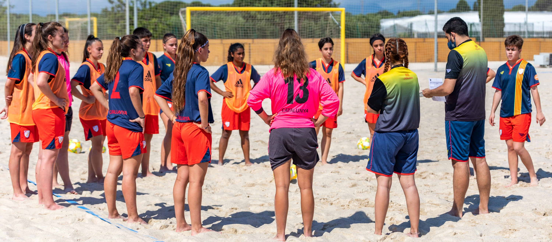 Els partits de les Seleccions Catalanes de futbol platja femení, en directe a la RFEF