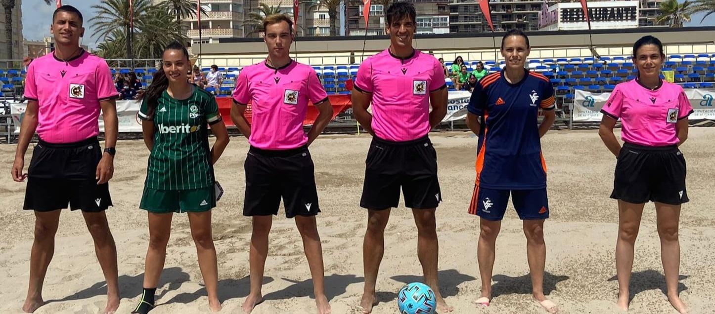 Presència d'àrbitres catalans al Campionat d'Espanya de futbol platja femení