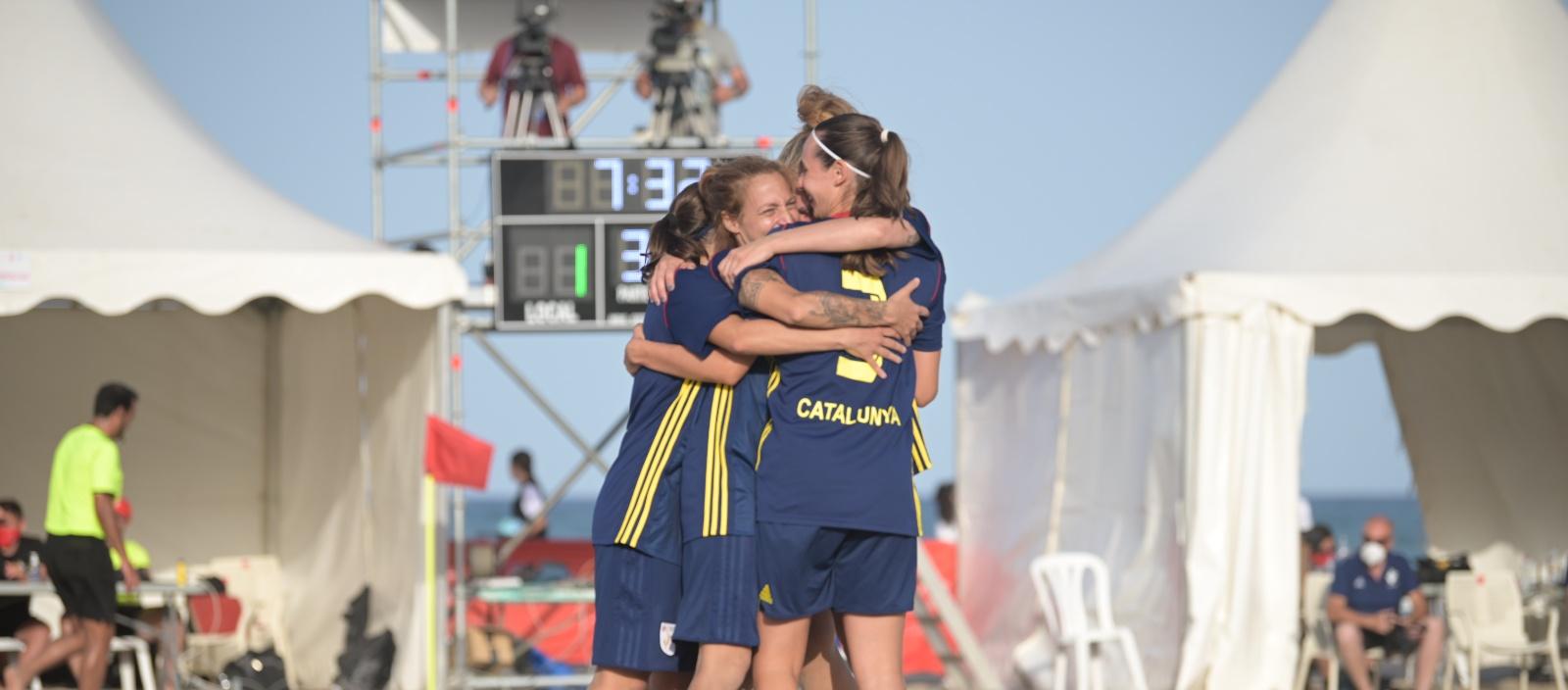 Les Seleccions Catalanes femenines de futbol platja, a Esport3