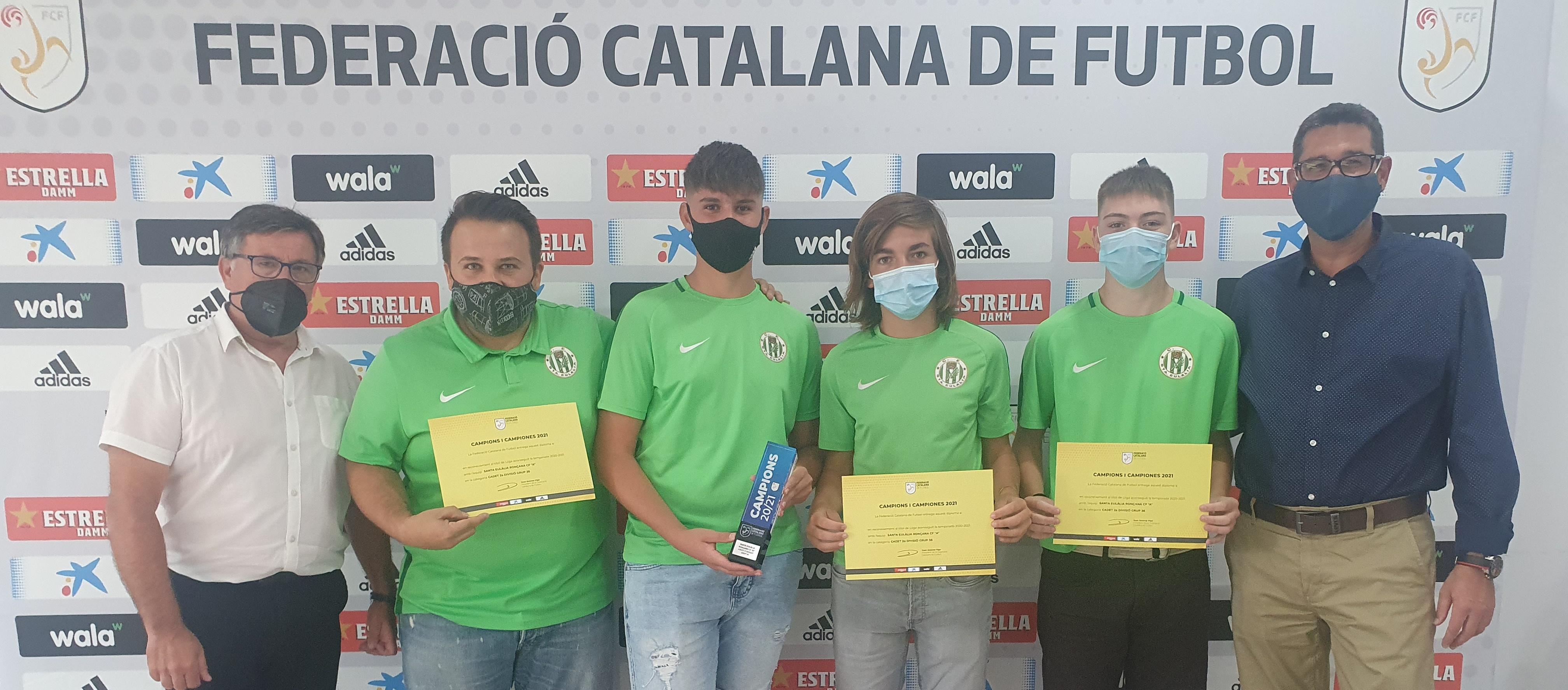 Els campions del Vallès Oriental recullen els trofeus de campions