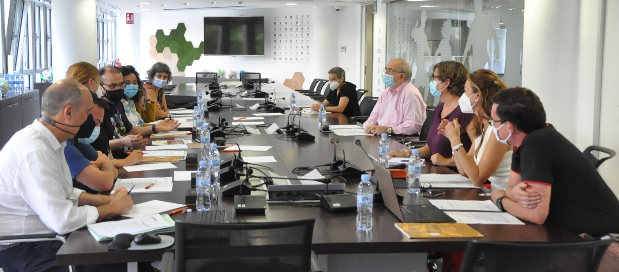 FCF, Mossos d'Esquadra i Direcció General de l'Administració de la Seguretat s'uneixen per abordar la violència i la intolerància en el futbol