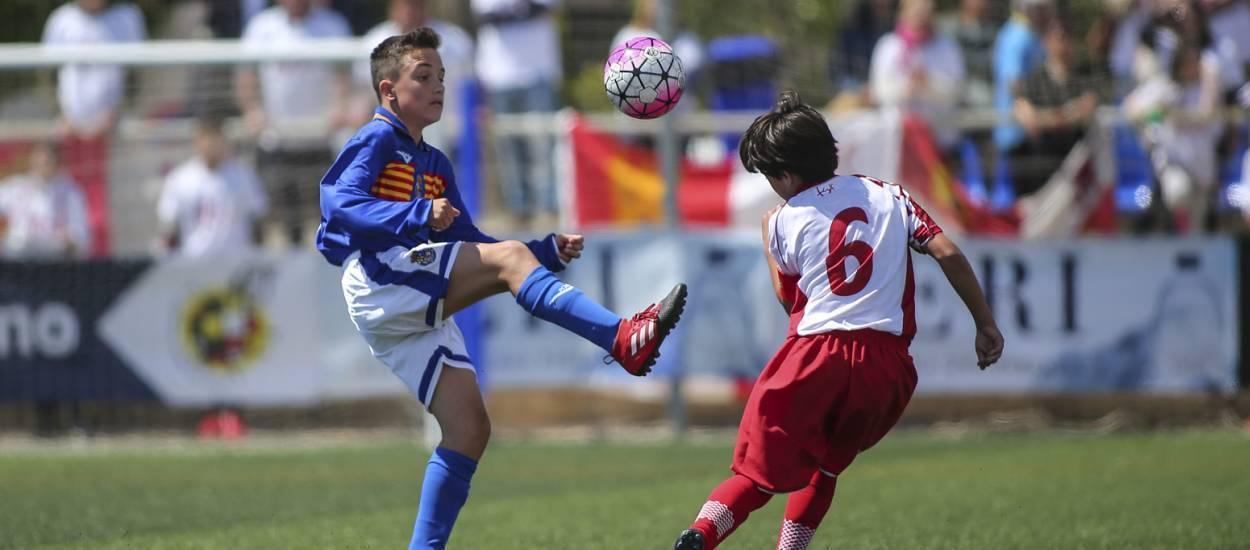 Castilla y León consigue los tres primeros puntos tras superar a Aragón