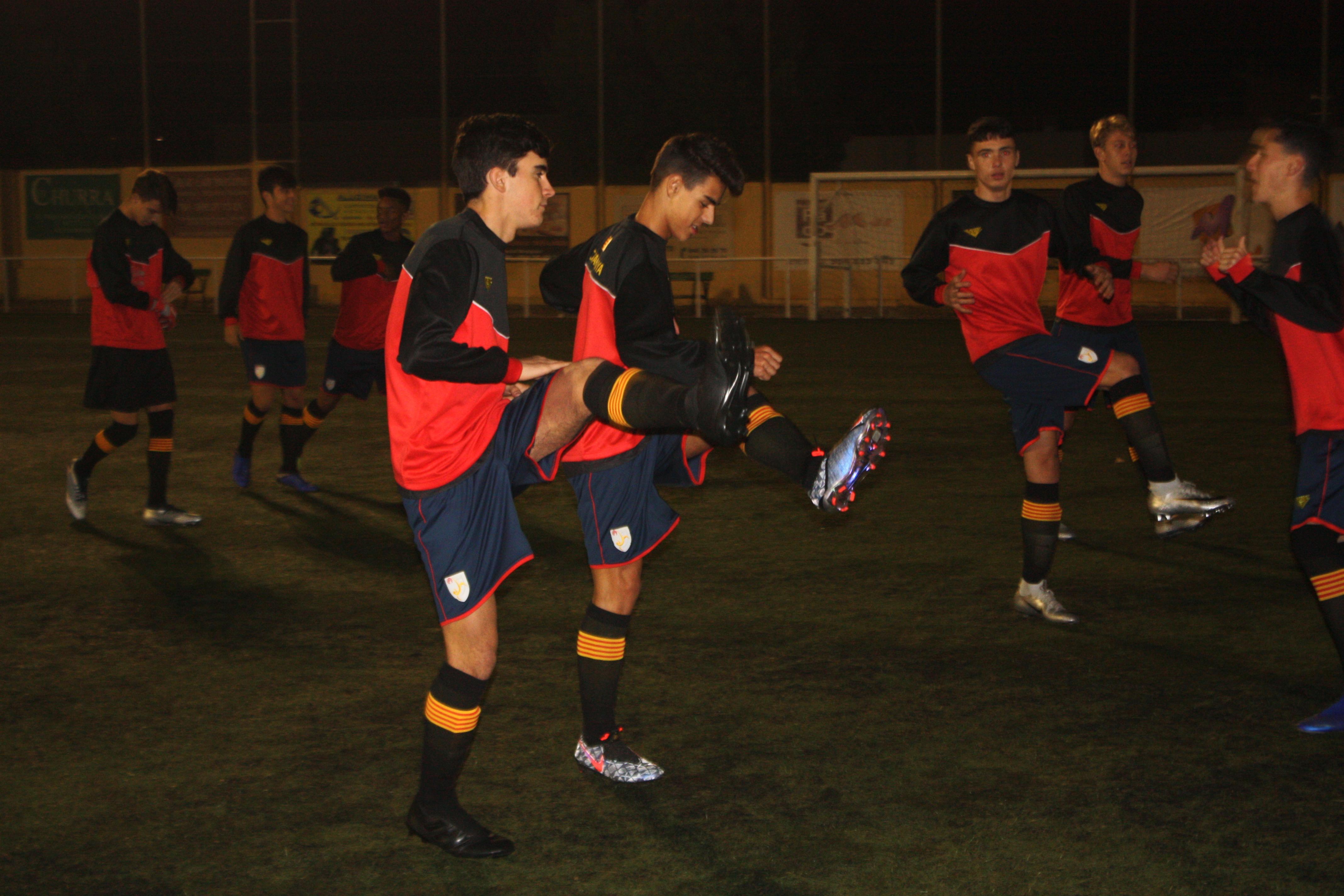 Un moment de l'entrenament previ als partits de la primera fase
