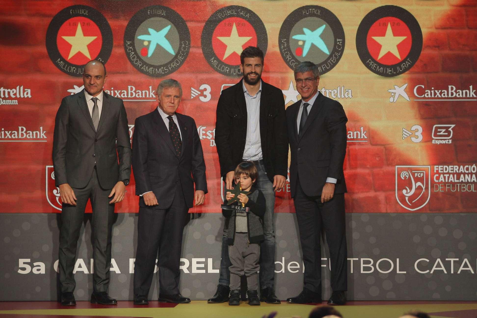 Gerard Piqué, guardonat com a millor jugador a la 5a Gala de les Estrelles