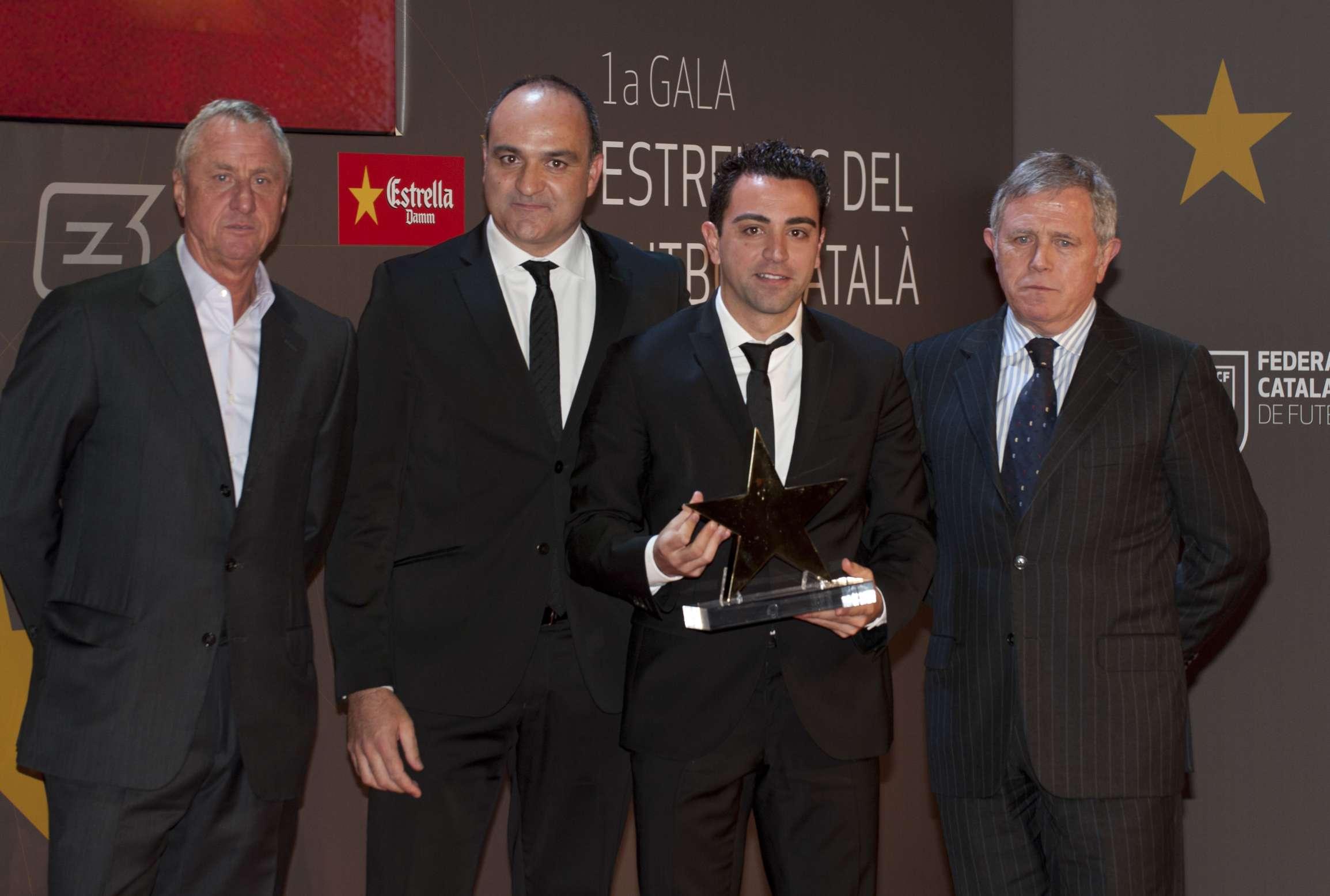 Xavi Hernández, guardonat com a millor jugador català de la 1a Gala de les Estrelles