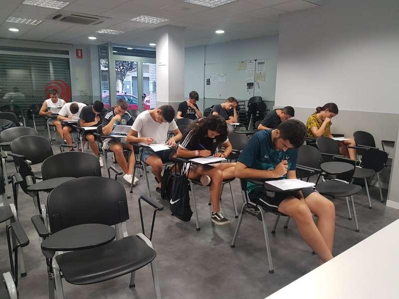 Curs d'Àrbitres i Àrbitres Assistents de Futbol Sala - Delegació del Baix Llobregat